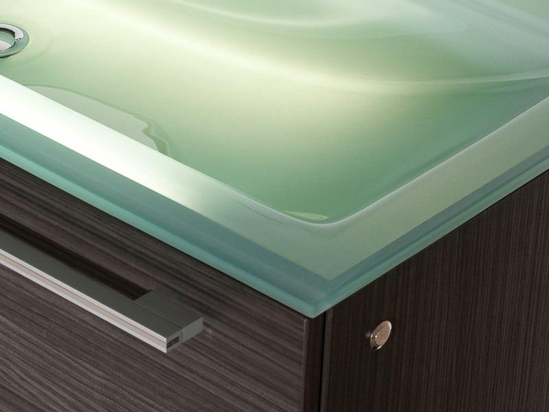 design badezimmerm bel set mit glaswaschtisch und riesigem spiegel paul gottfried. Black Bedroom Furniture Sets. Home Design Ideas