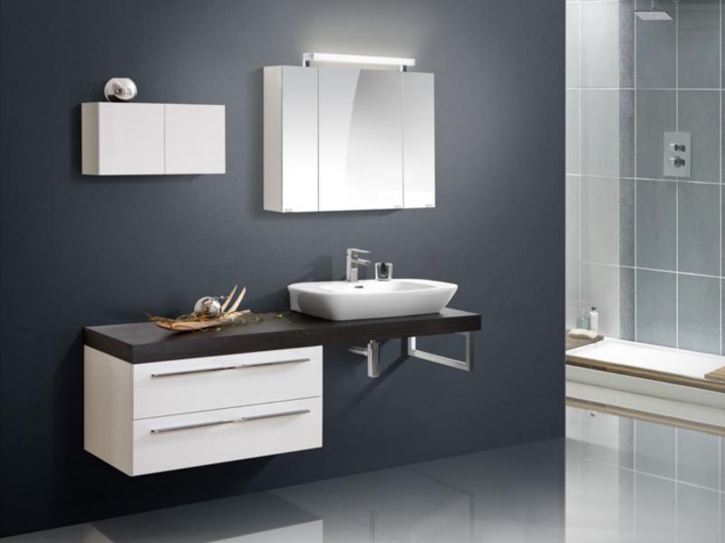 Badezimmermöbel design  Design Badezimmermöbel - Set mit Waschtischplatte und ...
