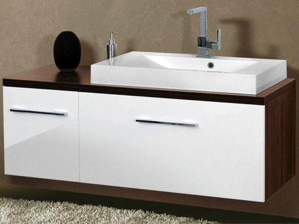 Design Waschplatz mit Waschtischplatte und Unterschränken