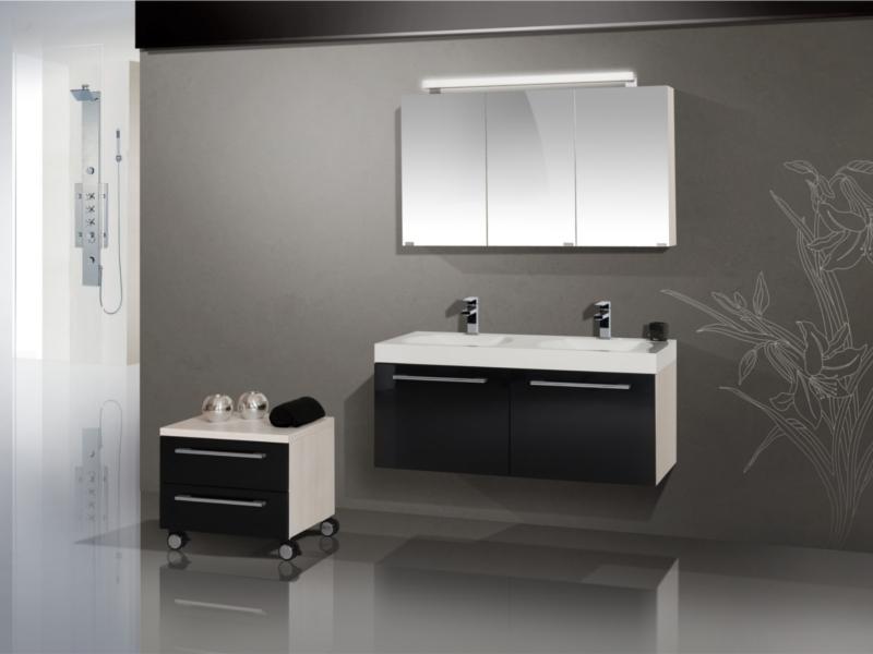 design badezimmerm bel set mit spiegelschrank und