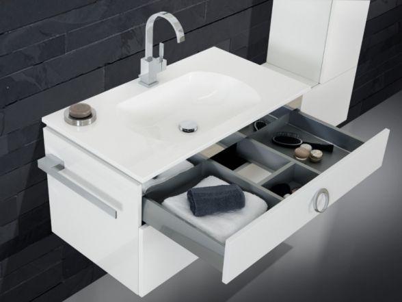 Design Waschplatz mit ultraflachem Mineralgusswaschtisch 90cm